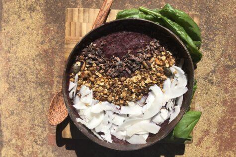 Borůvková smoothie bowl